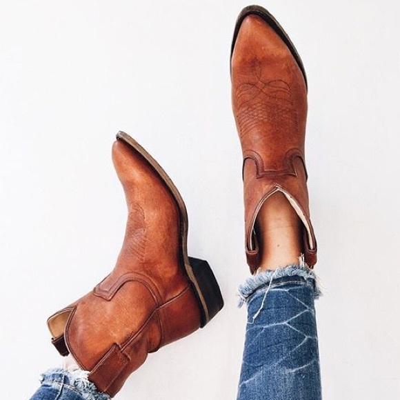 b0de5473fc9 Frye Billy Short Cowboy Rugged Leather Boot